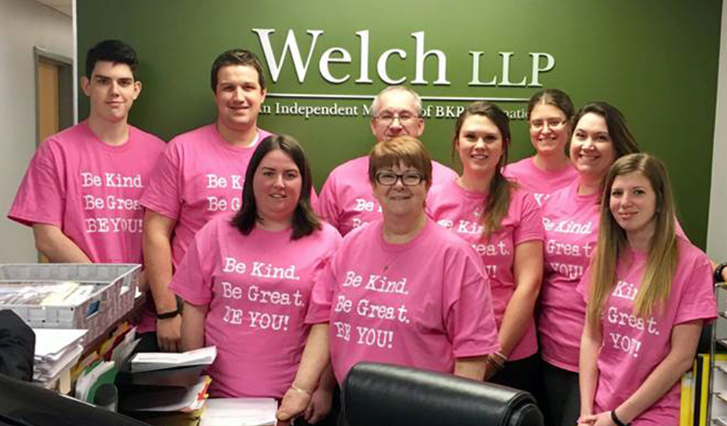 welch-cornwall-office-participates-in-pink-shirt-day